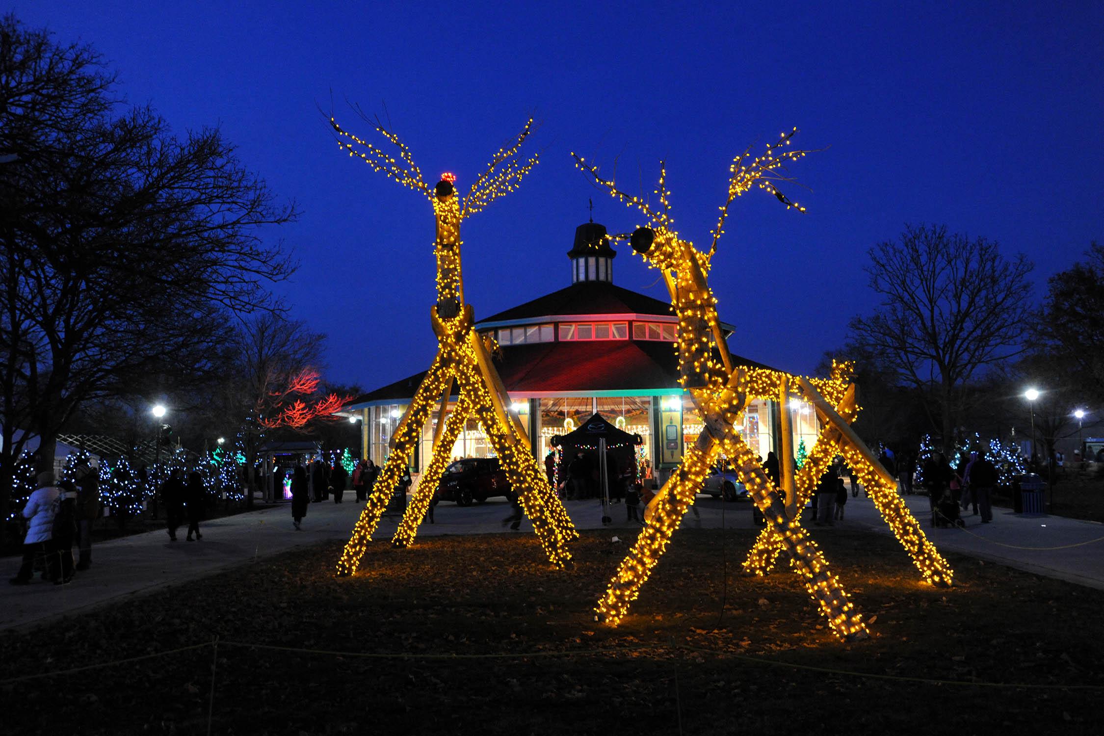 Chicago Zoological Society - Holiday Magic at Brookfield Zoo